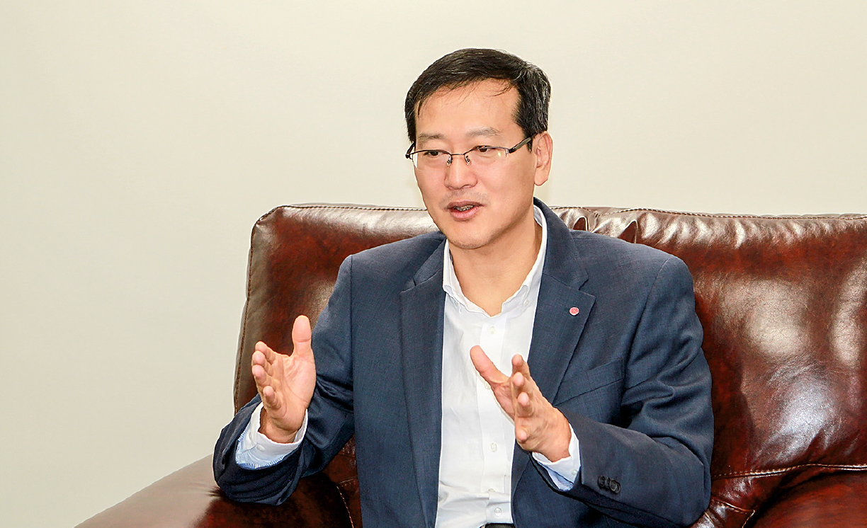 Иль Хван Ли, LG Electronics — слово о бизнесе и добрых делах. 4/2017. Фото 4
