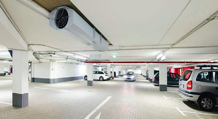 Фото 2. Струйная система вентиляции парковки