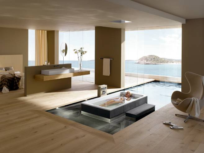 Благодаря необычной форме и размеру флоатинг-ванны предлагают максимальное расслабление.