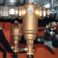 Считайте деньги по-европейски. Оборудование для удаления воздуха и шлама из жидкостных систем тепло- и холодоснабжения