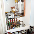 Low power energy-efficient heating networks
