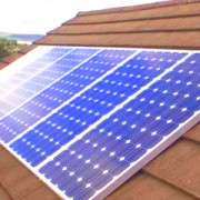 Солнечные батареи начинают устанавливать на жилых зданиях в Польше