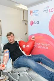 Юбилейный день донора на заводе LG Electronics Фото №2