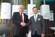 В. Федотов, старший региональный представитель Vaillant в ЦФО (справа) и А.И. Пустовой, начальник УМ