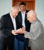 Алтайские газовики подбрагодарили ветеранов ВОВ Фото №7