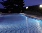 Компания Deceuninck разработала POOLONPOOLUP - универсальную систему покрытия для бассейнов