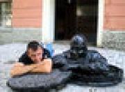 В Белоруссии открыли памятник сантехнику и дворнику