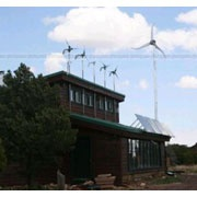Компактный ветрогенератор для жилых домов