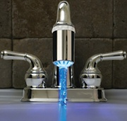 Новая насадка для крана заставит всех мыть руки Фото №1