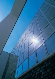 Солнечноэнергетические системы для невентилируемых фасадов - очередное инновативное интеграционное решение Schueco