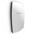 «Тесла Моторс» представила революционный накопитель электроэнергии