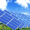 Первая в мире полноразмерная двусторонняя солнечная панель