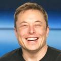 Илон Маск отметил 1 апреля твитами о банкротстве Tesla Motors